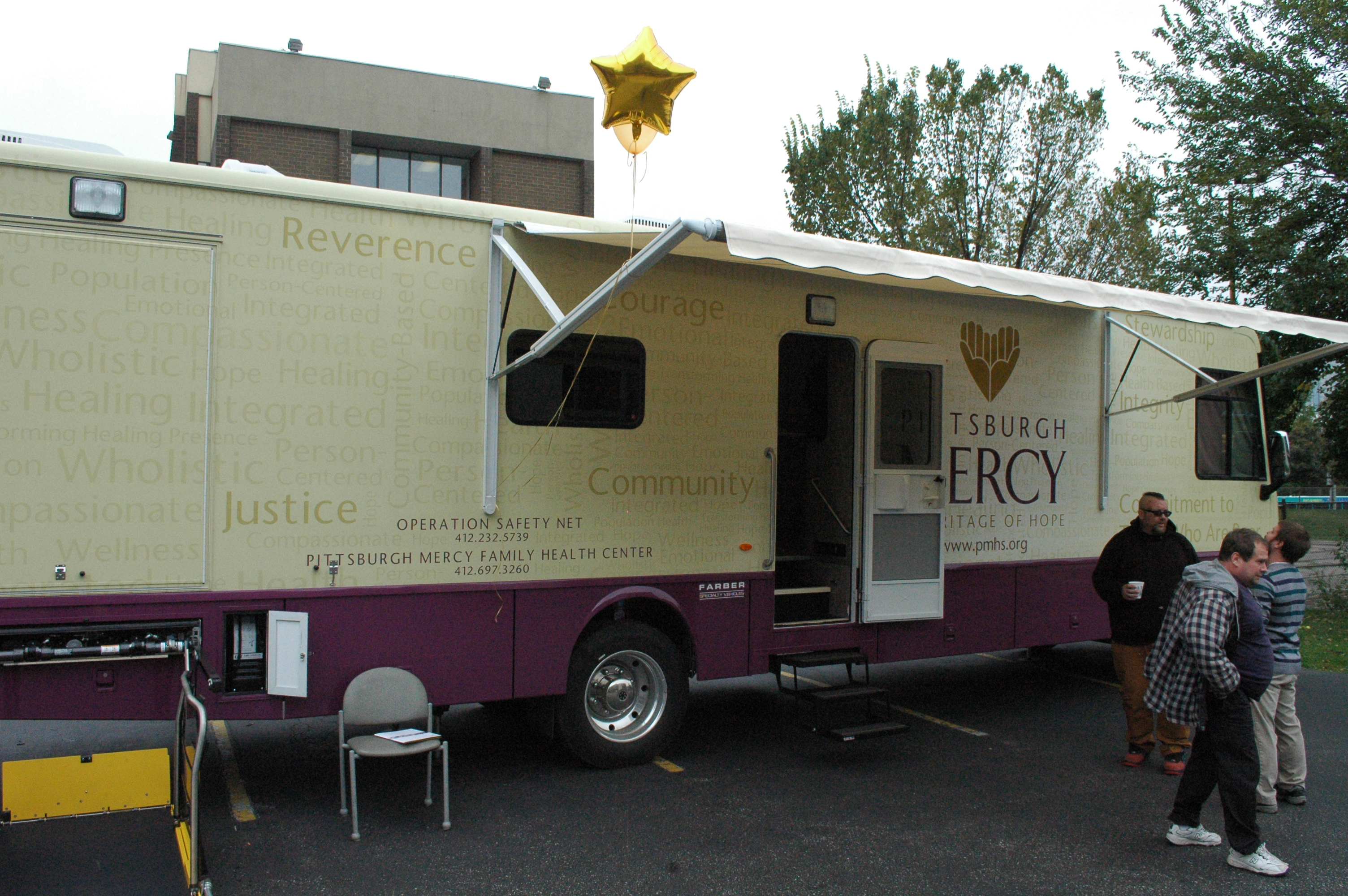 Pittsburgh Mercy reveals new mobile medical unit – The